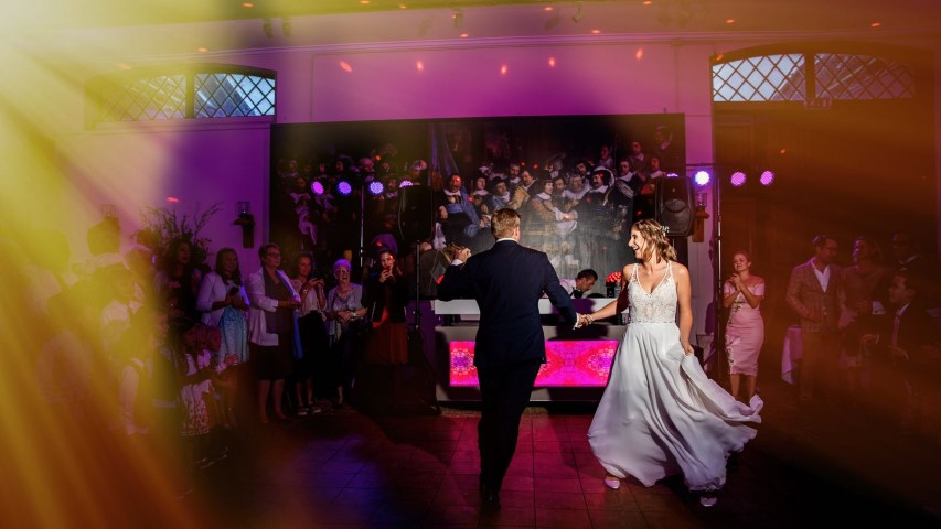 BeautyenBeweging-Happy with the first dance!